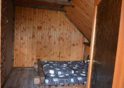 Вторая отдельная гостевая комната: двухместная и одноместная кровати.