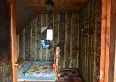 Отдельная гостевая комната: двухместная и одноместная кровати.