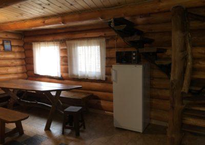 Гостевой домик. Холодильник, микроволновка